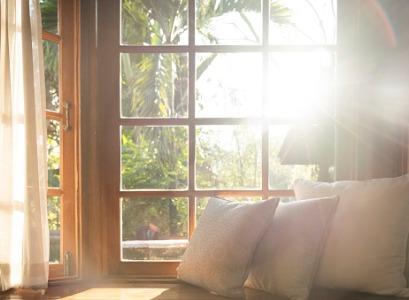 The sun shining into Windows in Morton IL